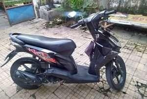 beat 2009 warna hitam