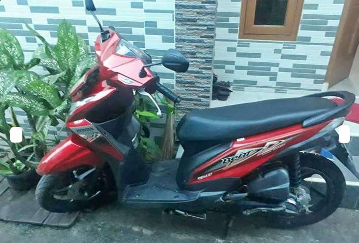 beat warna merah 2014